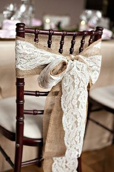 All you need is the right ribbon for you to add this gorgeous look to your wedding.