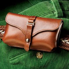 """Check+out+""""Colonel+Littleton+Leather+iPhone+4/4s/5/5s+Smartphone+Holster+Case""""+from+Herrington+Catalog Iphone Leather Case, Leather Pouch, Sewing Leather, Leather Craft, Belt Pouch, Leather Projects, Small Leather Goods, Leather Accessories, Leather Working"""