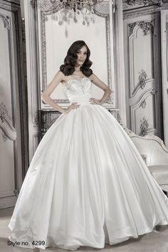 #pnina_tornai #bridal dress style no. 4299
