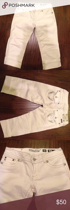 Miss Me white Capri silver/sequin low rise jeans Miss Me white Capri silver/sequin low rise jeans like new hardly worn Miss Me Jeans Ankle & Cropped