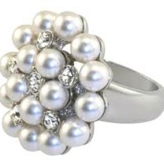 Diamond and pearl ring , part of the Duchess of Windsor collection (B)