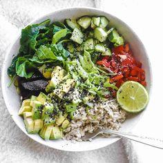 Instagram media by lonijane - Asian salad bowl for lunch  #feelthelean #ebook #lonijane #hclf #plantbased