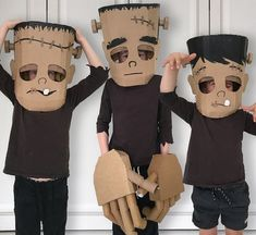 100 Cool DIY Halloween Costume for Kids for 2019 - Hike n Dip Here are 100 Cool Halloween Costumes for Kids ideas which you can DIY and make Halloween special for your kids. These Kids Halloween Costume are the best. List Of Halloween Costumes, Fete Halloween, Halloween Kids, Halloween Decorations, Halloween Recipe, Halloween Makeup, Halloween Horror, Halloween College, Craft Decorations