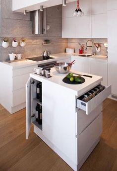 Kurttas Küchen, kullanım rahatlığına uygun mutfak çözümleri üretiyor.