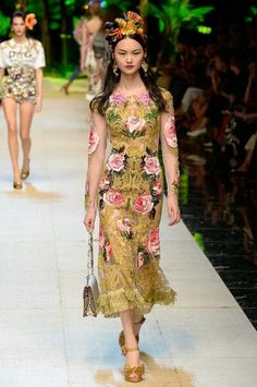 SPRING 2017 READY-TO-WEARDolce & Gabbana