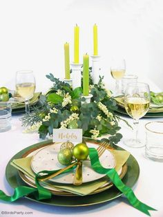 Green & Gold Christmas Holiday Tablescape with ideas on DIY table decorations, party food menu, drinks and desserts table styling!