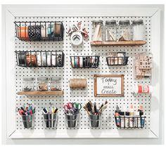 Pegboard Craft Room, Sewing Room Organization, Craft Desk, Craft Room Storage, Kitchen Pegboard, Craft Rooms, Tool Storage, Pegboard Display, Ikea Pegboard