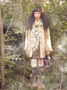 The fawn print coat. <3 The hair dec. <3