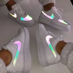 fresh shoes nike nike ,airforce ,sneaker ,schuhe The post So Fresh appeared first on beste Schuhe. Source by melinahubjer outfits aesthetic Cute Nike Shoes, Cute Sneakers, Nike Air Shoes, Best Sneakers, Sneakers Fashion, Shoes Sneakers, Nike Sandals, Nike Shoes Outfits, Sneakers Women