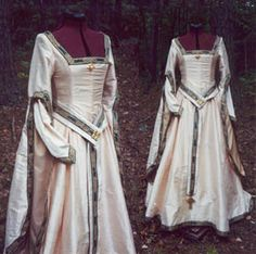 Satin isn't really period...silk, yes, brocade, even cotton velvet....but not satin.... LABEL: kirtle.jpg