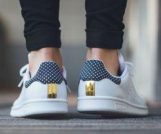 premium selection f6c18 85a1c Adidas Shoes Outlet, Sneakers Adidas, Shoes Sneakers, Looks Com Tenis,