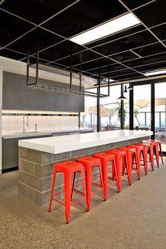 Bancos Tolix Replica, Industrial, Vanguardista, Mesa, Diseño - $ 950.00 en Mercado Libre