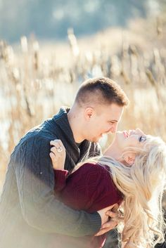 Joyful and Beautiful Engagement Portraits | L Estelle Photography | See more! http://heyweddinglady.com/enchanted-winter-woods-engagement-from-lestelle-photography/