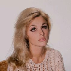 Currently Coveting: Eye Makeup From The '60s | Lovelyish