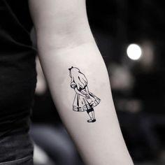 Alice in Wonderland Disney Princess Temporary Tattoo Sticker (Set of Mama Tattoos, Cute Tattoos, New Tattoos, Disney Tattoos, Cartoon Tattoos, Temporary Tattoo Designs, Temporary Tattoos, Tattoo Sleeve Designs, Sleeve Tattoos