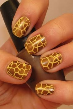 Giraffe nails! I would use gold & bronze instead... Every princess needs a little sparkle ;)