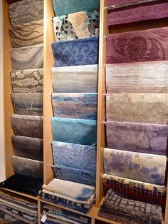 Take a vicarious visit with me to the marvelous rug emporium of Doris Leslie Blau, where a tradition of excellence is moving forward. Scarf Display, Fabric Display, Rak Display, Clothing Boutique Interior, Showroom Interior Design, Carpet Shops, Woodworking Inspiration, Classic Rugs, Store Fixtures