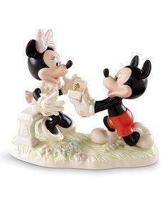 Minnie's Dream Proposal China & 24k Gold Figurine