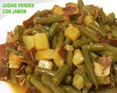 judías verdes con patatas y jamón serrano - Smelly Tutorial and Ideas Diet Recipes, Cooking Recipes, Healthy Recipes, Guisado, Spanish Kitchen, Family Meals, Green Beans, Tapas, Healthy Life