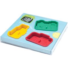 Fun, easy-to-use tool for making cookies. Each order comes with three molds: the SLR, TLR, and Rangefinder. Made with food-grade plastic / BPA-Free. Includes easy-to-follow recipe. Please allow 1-2 weeks for shipping.