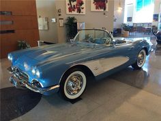 1961 CHEVROLET CORVETTE CONVERTIBLE - Barrett-Jackson Auction Company - World's Greatest Collector Car Auctions