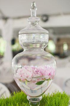 El cristal para decorar una boda vintage