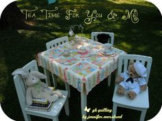 Vintage Inspired Quilted Table Cloth Tutorial (Moda Bake Shop)