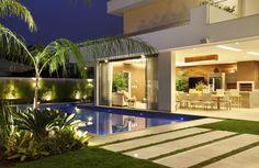 Área de Lazer com piscina espaço Gourmet luxo Casas