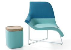 Ik vindt dit een bijzondere stoel, omdat het twee kanten heeft waardoor je op twee manieren kan zitten.