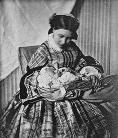 Victoria Adelaide Princess Royal UK with her first baby Wilhelm II. Wilhelm would eventually become Kaiser Wilhelm II. Mother & son were not to enjoy a happy relationship in later years. Queen Victoria Children, Queen Victoria Family, Queen Victoria Prince Albert, Crown Princess Victoria, Victoria And Albert, Princesa Victoria, Reine Victoria, Wilhelm Ii, Kaiser Wilhelm