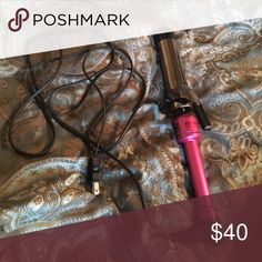 1.5 Inch Hot Tool Curling Iron Used three times! It works great, I just like my old one better. Smoke free home 🚬❌ Ships ASAP 📦 Bundle to save 🤑 Open to all offers 🤔 Welcome to my closet! 😘 hot tools Accessories Hair Accessories