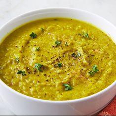 Split pea soup recipe - how to make split pea soup split pea Cuisinart Soup Maker, Soup Recipes, Cooking Recipes, Oven Recipes, Family Recipes, Green Split Peas, How To Cook Greens, Split Pea Soup Recipe, Kitchens