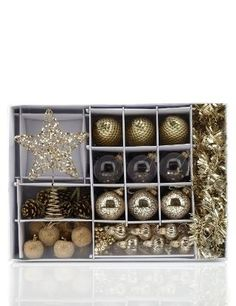 45 Golden Christmas Tree Decorations - Marks & Spencer