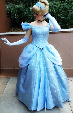 Cindy,you are my favorite. Cinderella Cosplay, Cinderella Disney, Disney Dream, Disney Magic, Cinderella Dresses, Disney Princesses, Disneyland Princess, Walt Disney Pictures Movies, Disney World Characters