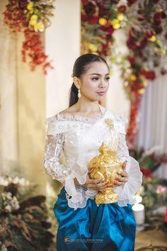 Khmer Wedding, Traditional Wedding, Cambodia, Laos, Victorian, Woman, Disney Princess, Dresses, Fashion