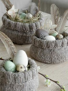 Easter with chicken . another Easter basket . another Easter basket . chicken Easter basket Easter other makeup DIY Easter Gift, Easter Crafts, Happy Easter, Easter Party, Diy Osterschmuck, Navidad Diy, Diy Ostern, Diy Easter Decorations, Spring Crafts