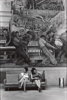 Diego Rivera fresco at the Detroit Institute of the Arts. Photo by William Gale Gedney (1967).