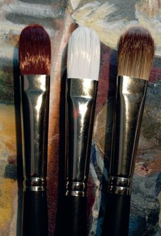 Max Hales Tests Out Jackson's Own-Brand Oil and Acrylic Brushes