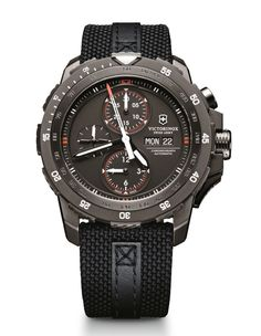 VICTORINOX Alpnach Mechanical Cronograph 'Black Ice'' Special Edition - FNG magazine