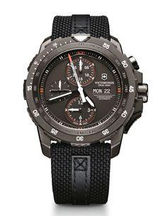 VICTORINOX Alpnach Mechanical Cronograph 'Black Ice'' Special Edition - FNG magazine