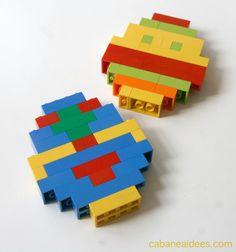 Vos enfants aiment les Lego ? Alors, proposez leur cette activité qui n'est pas si facile que ça ! Le but? fabriquer des oeufs de Pâques en Lego. Pas forcément enLire la suite... Nintendo 64, Logos, Games, Easy Diy, Lego Brick, Make A Map, Logo, Gaming, Plays