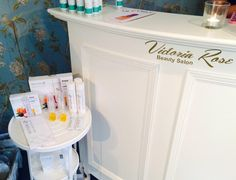 @VictoriaRoseB2 has their open evening in Horse Street, Chipping Sodbury, Bristol and they stock @Skinade