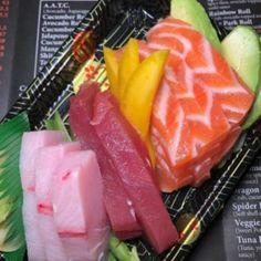 Salmon Sushi, Sushi Sushi, Sushi Rolls, Gourmet Desserts, Dessert Recipes, Plated Desserts, Sushi Grade Tuna, Perfect Photo, Perfect Image