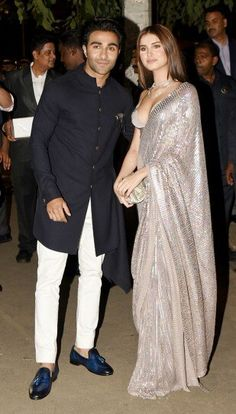 Bollywood lights up Bachchans' 2019 Diwali party, in best of Indian festive fashion, In pic: Young Bollywood actress Tara Sutaria in saree w/ BF in sherwani. Diwali Fashion, Bollywood Fashion, Bollywood Actress, Bollywood Stars, Indian Wedding Fashion, Indian Fashion, Indian Dresses, Indian Outfits, Bridesmaid Saree