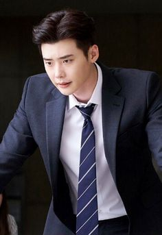 Lee jong suk ❤❤ while you were sleeping drama ^^ Lee Jong Suk Hot, Lee Jung Suk, Park Hae Jin, Park Seo Joon, Korean Celebrities, Korean Actors, Celebs, Lee Jong Suk Wallpaper, Song Joong