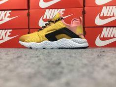 a8c38298fa77e Cheap Nike Air Huarache Shoes Online - Page 2 of 6 - Cheapinus.com. Nike  Air Huarache Run Ultra SE White Gold 859516-700 Women s ...
