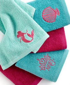 Awesome Disney Bath Accessories, Little Mermaid Shimmer And Gleam 5 Piece Washcloth  Set