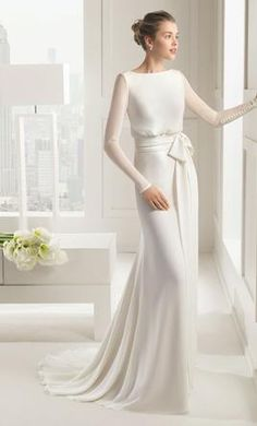 Rosa Clara Sal wedding dress currently for sale at 59% off retail.