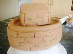 Step 5 - Make patterns to represent wooden planks.   Noahs Ark Cake by punkshimmy, via Flickr