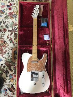 Gorgeous B-bender Telecaster made for me by John Johnston of www.johnstoncustomguitars.com Arrived late June 2018. A brilliant guitar, a fine bit of work by John!